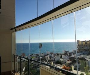 Especialistas en cortinas de cristal en Estepona