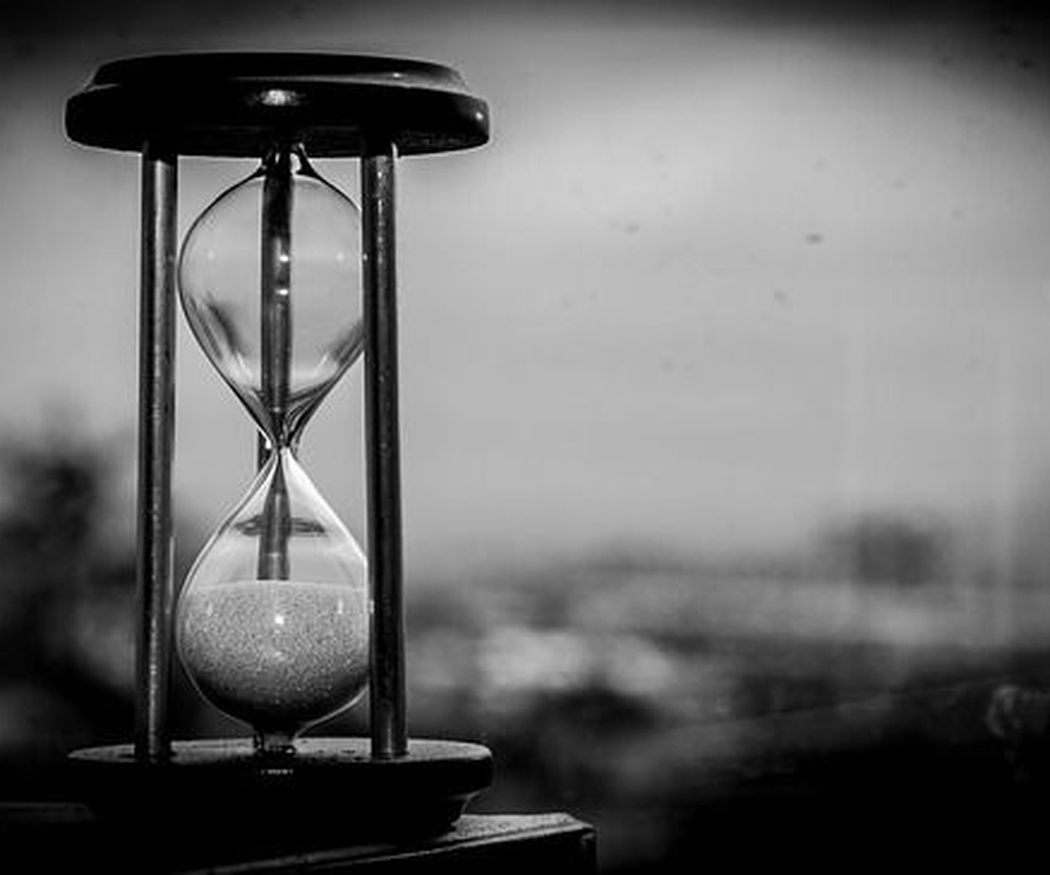 Clepsidra, el primer reloj de la historia, y sus sucesores
