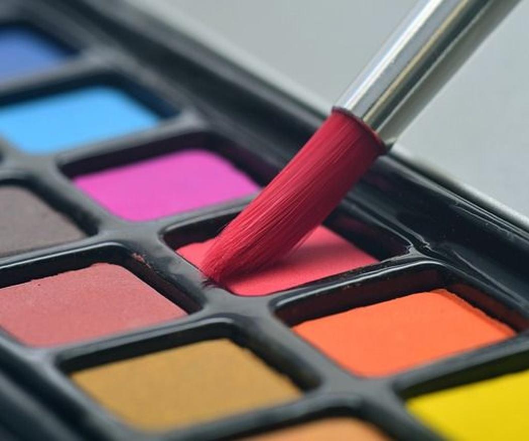 Clases de pintura para manualidades y bellas artes