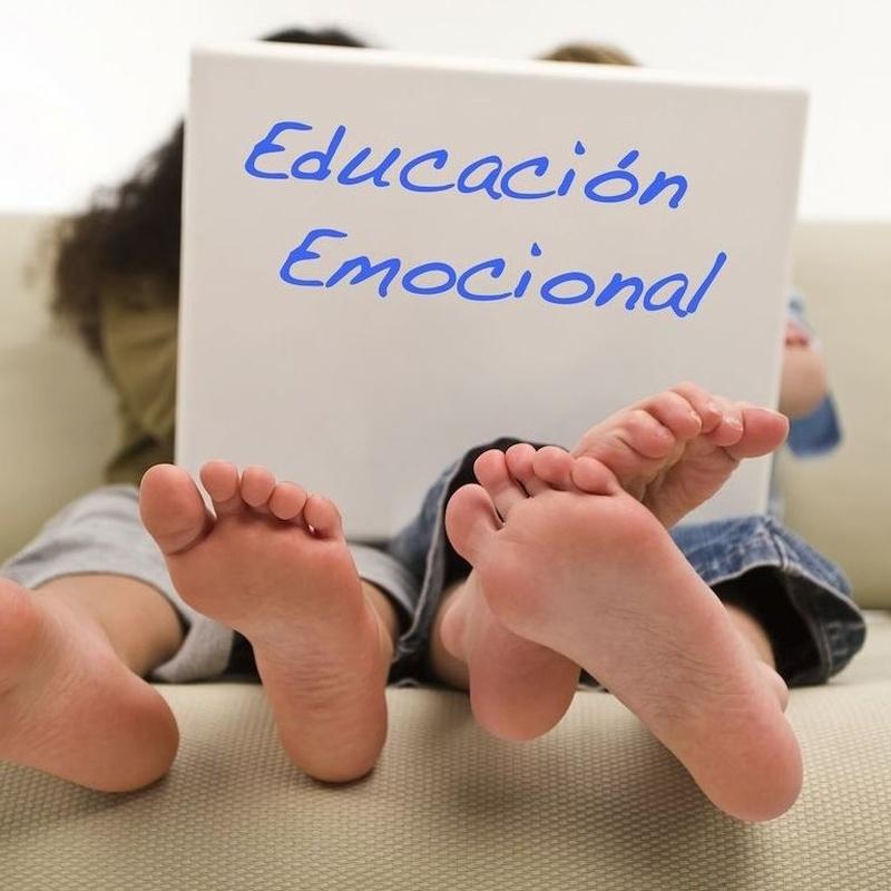 Talleres de educación emocional: Servicios de Psicóloga Helga Puerta