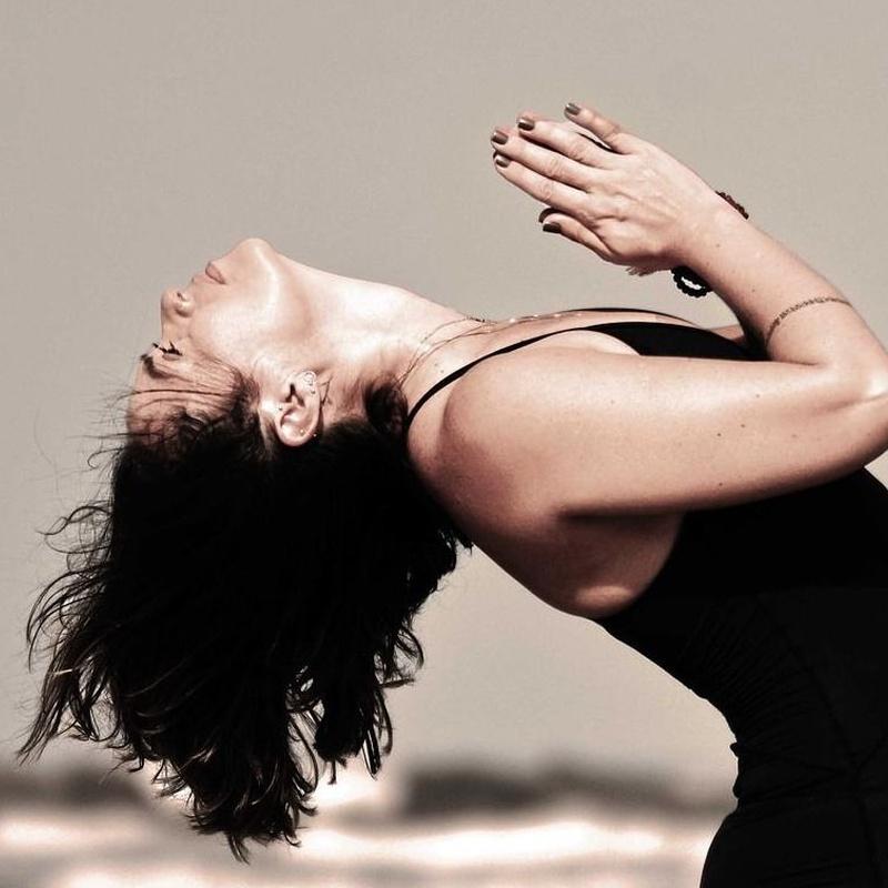 Vinyasa: Clases, horarios y precios de Vedanta Yoga