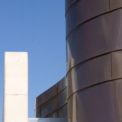 Edificios singulares con alta calidad formal y funcional.