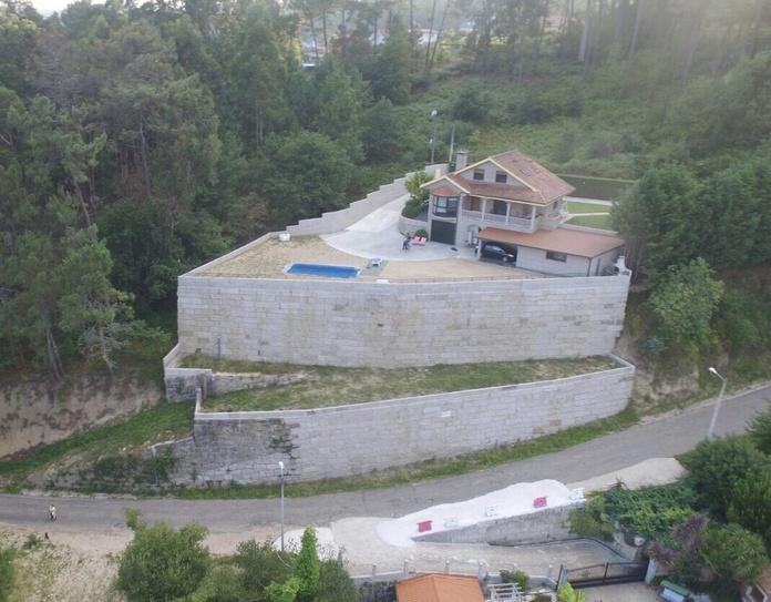 Muros mampostería rosa Porriño: Servicios de Excavaciones y Muros ESSAL