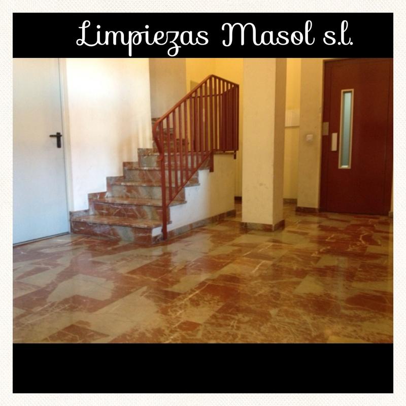 1.  Limpieza de comunidades  : Servicios  de Limpiezas Masol, S.L.