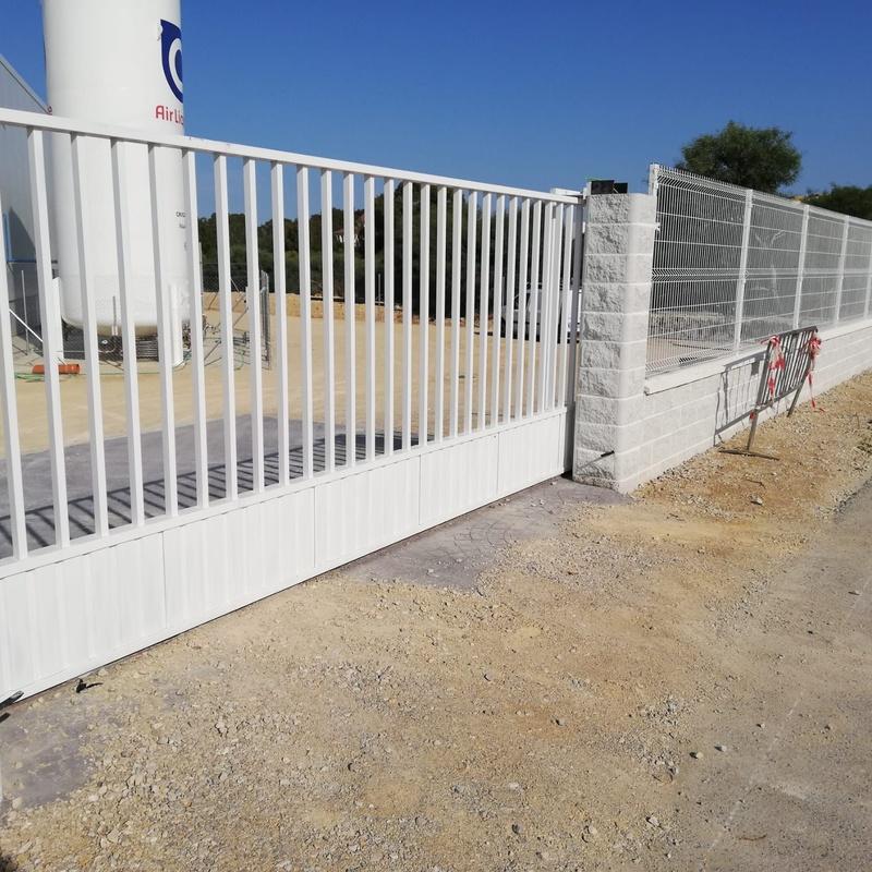 Cerramiento en paño electrosoldado: Productos y Servicios de Mallas Aroa