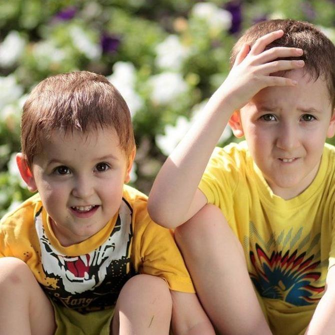 Cómo tratar los celos en los niños