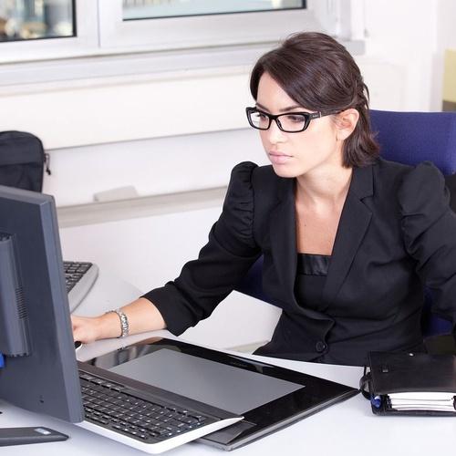 Gafas ocupacionales: visión perfecta a corta y media distancia