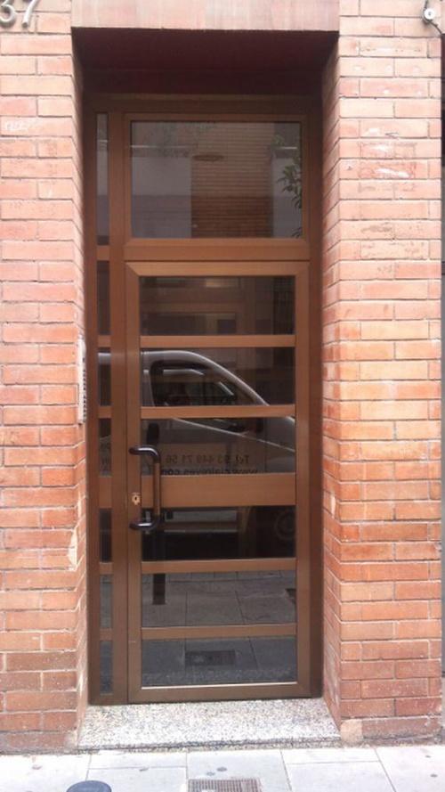 Comercial Reyes carpintería de aluminio y metálica