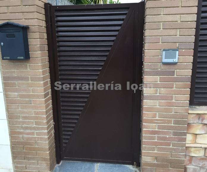 Puerta peatonal 50%: Productos y servicios de Serrallería Solé