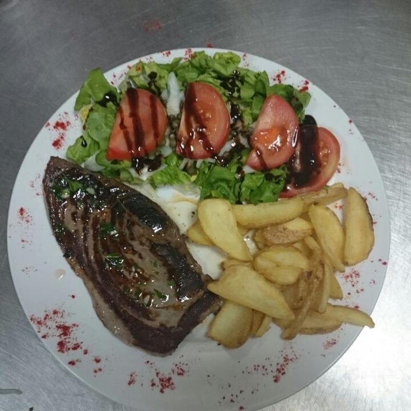 Platos selectos: Especialidades de Café Bar Restaurante El Remolino