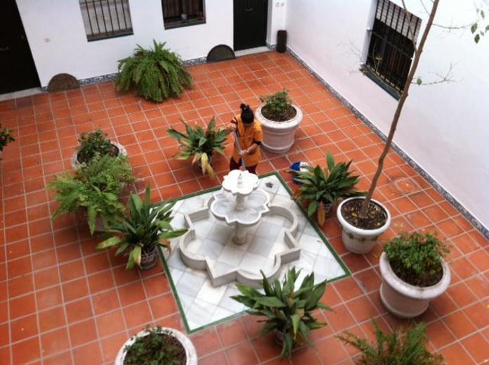 Comunidades de propietarios: Servicios de Limpiezas en Sevilla Doble Jota