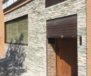 Puerta de garaje en hierro