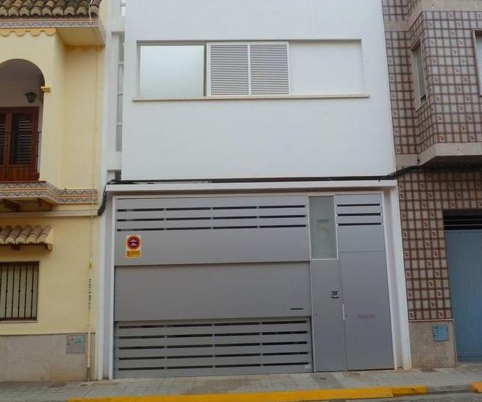 A225 puerta de guillotina 2 hojas panel de alucuvón