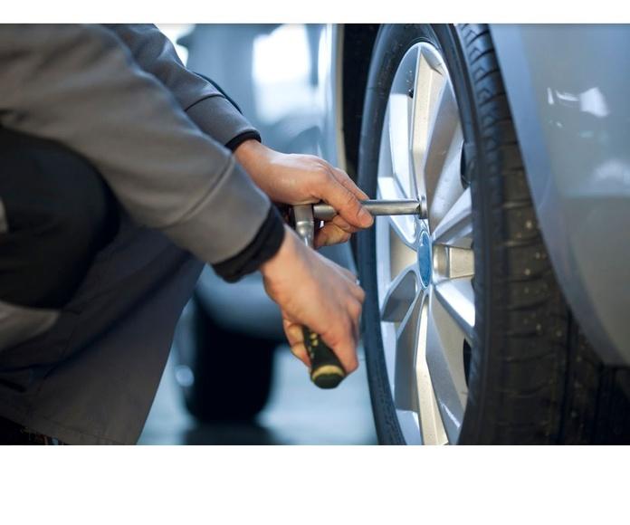 Neumáticos: Servicios  de Talleres Reyes
