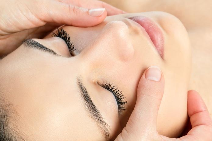 Tratamientos faciales: Servicios de Martín Renatti Peluqueros
