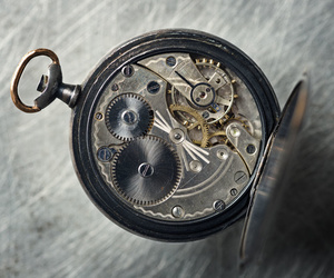 Reparación de relojes antiguos de bolsillo