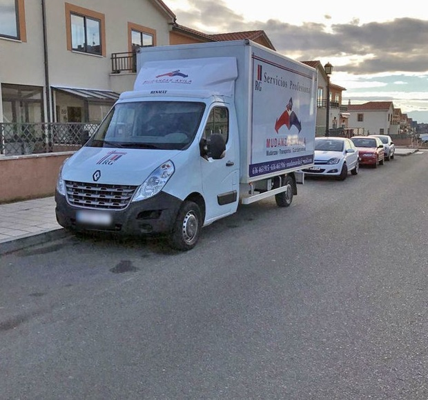 Alquiler de camión con conductor en Ávila
