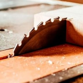 Corte de madera a medida