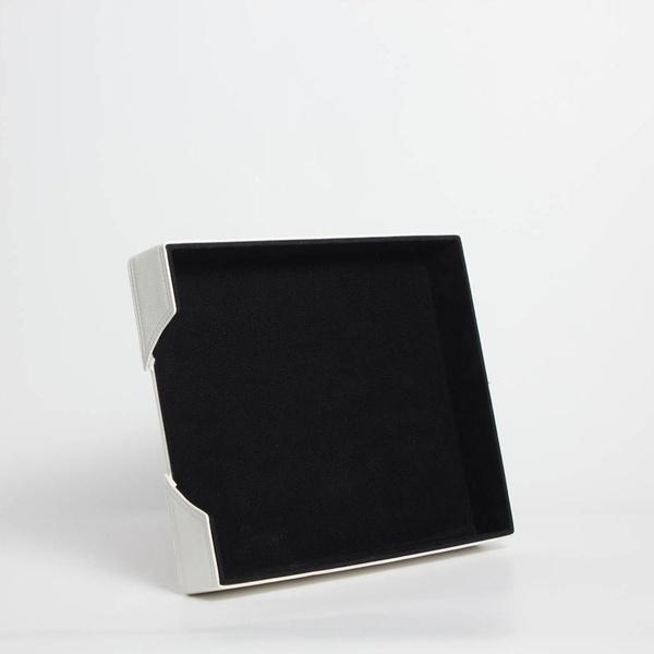 Bandeja de Sobremesa B-8800