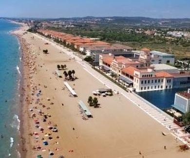 Las playas de Calafell y El Vendrell obtienen,un año màs, la bandera azul.