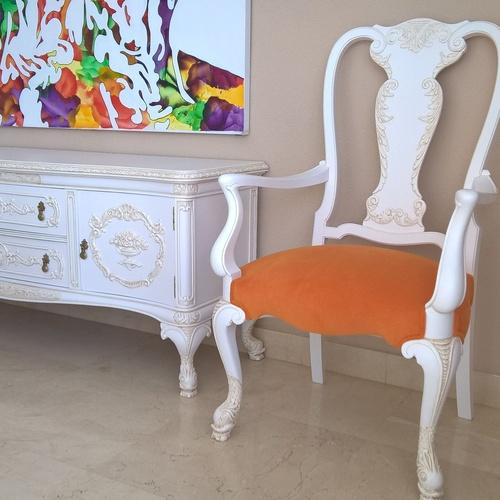 Muebles de estilo renovados.