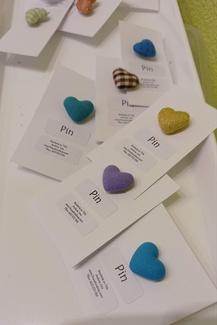 Pins de corazón