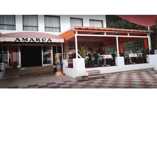 Restaurante con vistas Playa San Marcos