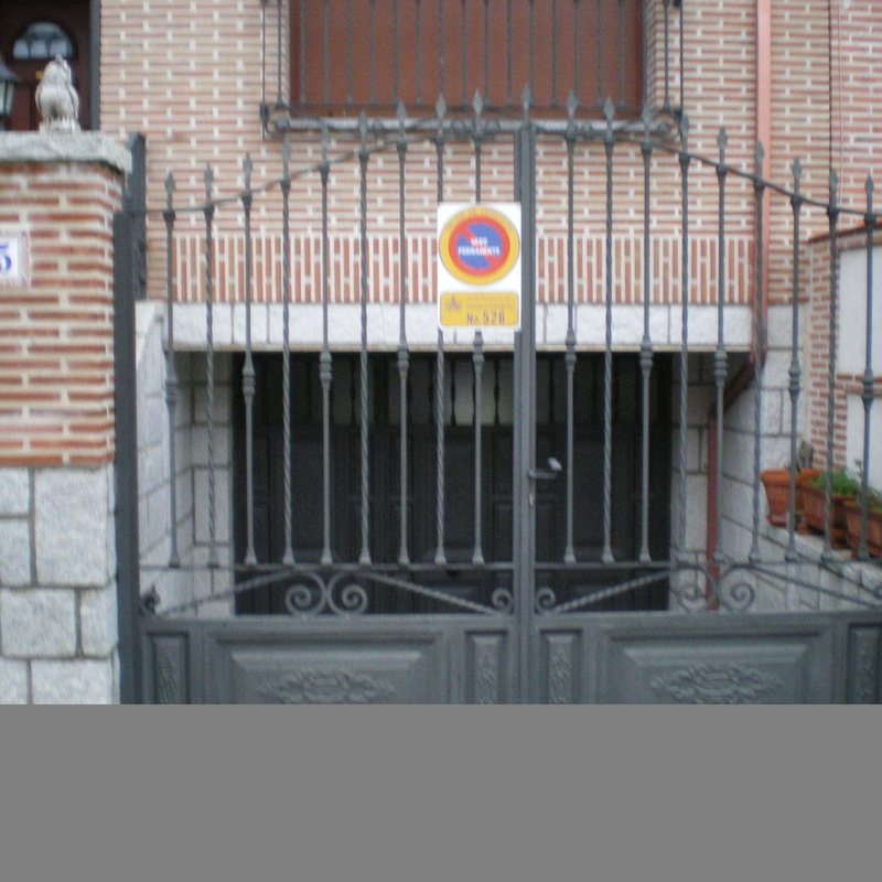 Puerta de forja: Trabajos de Cerrajería Alberto Bautista