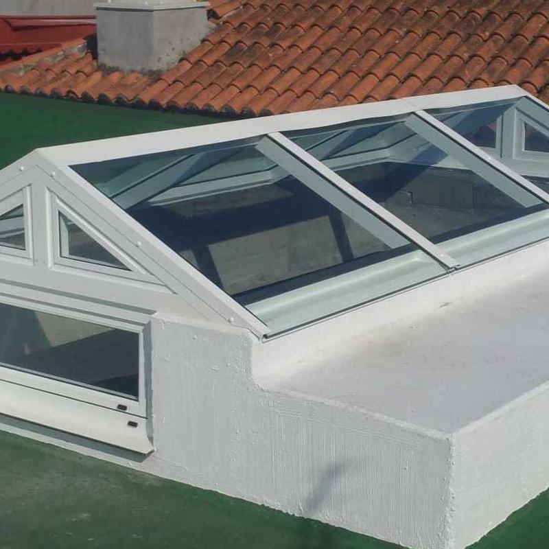 Cerramientos en cristal: Carpintería  Aluminio Tenerife de Namiju Aluminios
