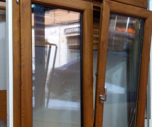 Ventana practicable en PVC Serie Berlin sistema de cinco cámaras y triple junta