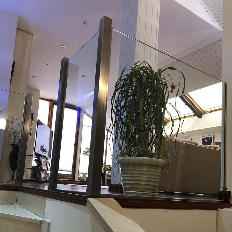 cristaleria-formas-barandilla-vidrio-postes