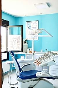 Tratamiento de urgencias y prótesis dental en Ávila en la Clínica Dental Herpaden
