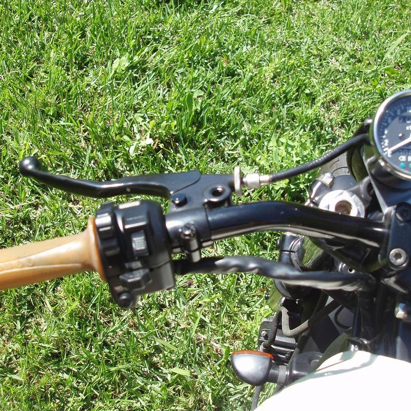 YAMAHA XS 1100: Catálogo de Moto 2