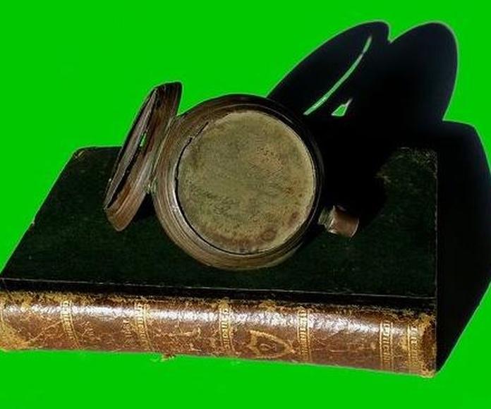 Objetos: Catálogo de Antiga Compra-Venta