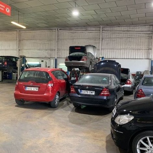 Taller especializado mercedes Murcia | Movilmur Automoción