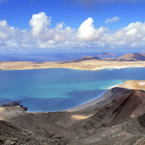 How to get to La Graciosa from Lanzarote