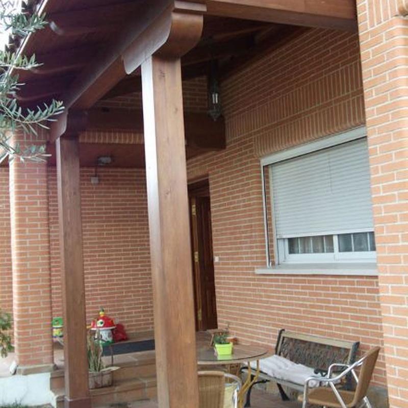 Pérgolas y porches: Servicios de Puertas García Flores
