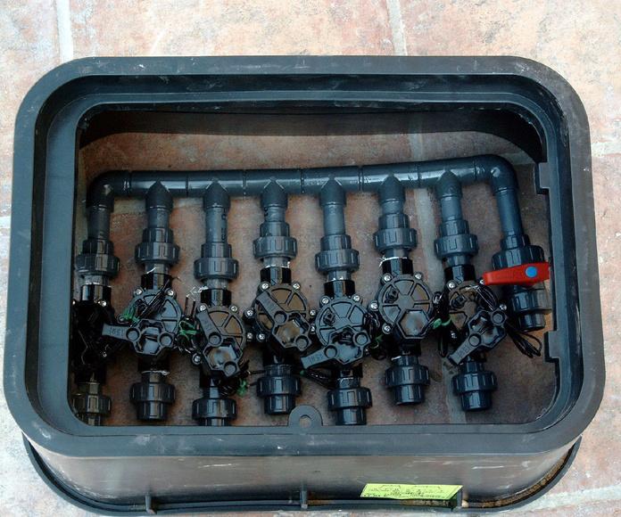 Instalación de riegos automáticos: Servicios de Mantenimientos y Jardinería La Jara