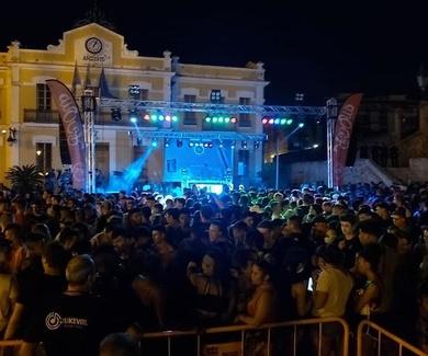 macro discomovil en Burjassot festes de Sant Roc