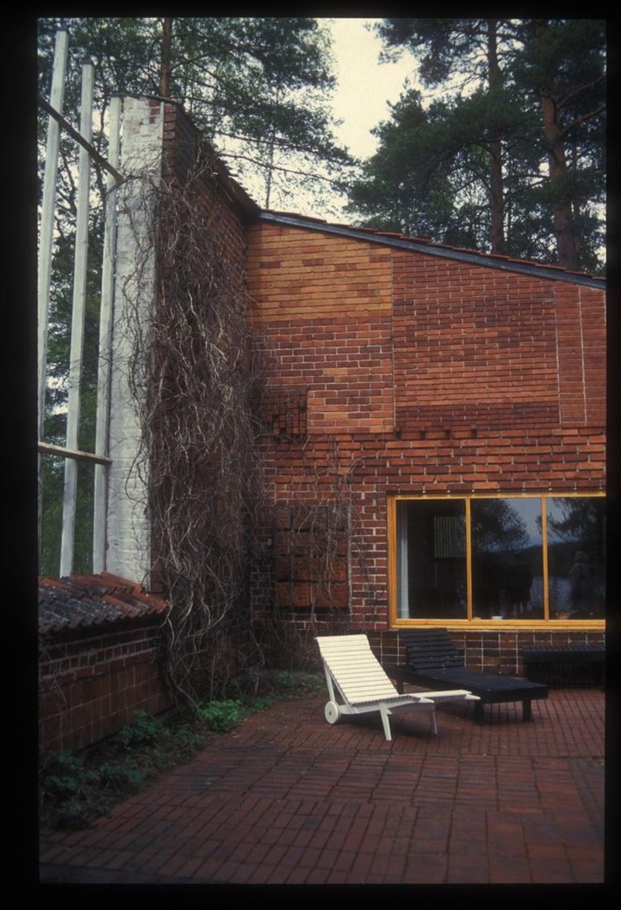 La casa Muuratsalo de Alto: experimentando el uso del ladrillo