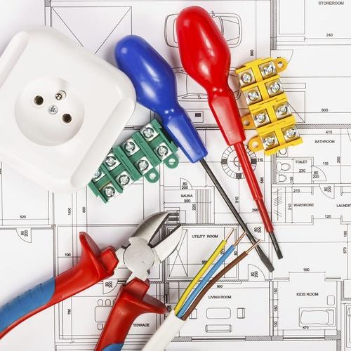 Instalador electricista autorizado en Barcelona