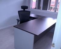 Composición de mesa de 180 + ala de 110 cm. en color Wengué/Aluminio.