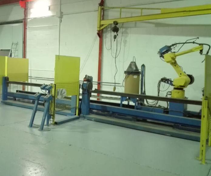 Robot de soldadura: Servicios y maquinaria  of Calderería y Obras, S.L.