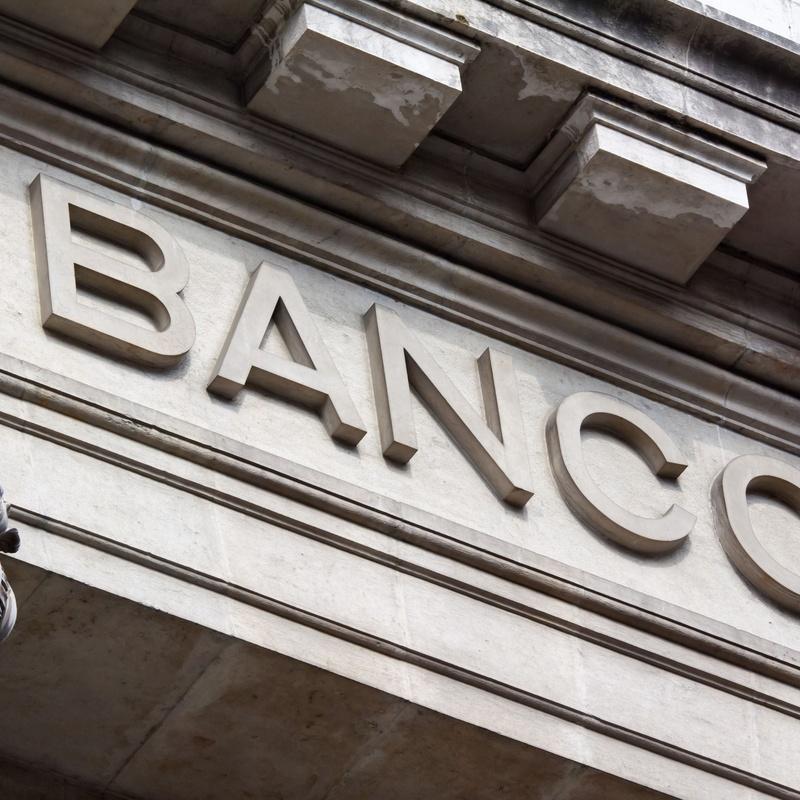 Derecho bancario: Servicios profesionales de Bufete & Gestión