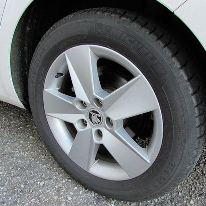 Los neumáticos y la suspensión