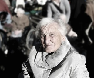 Cuando una persona mayor deja de valerse por sí misma