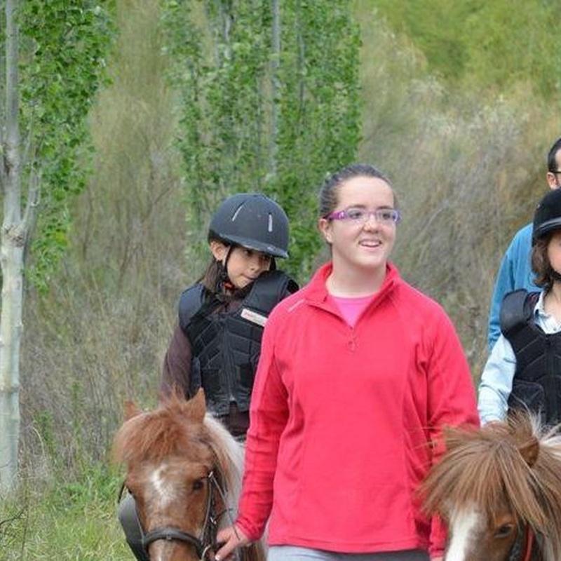Paseos en pony: Servicios de Club Hípico de Cenes