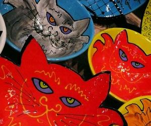 Distribución al por mayor de platos con dibujos de animales en Toledo