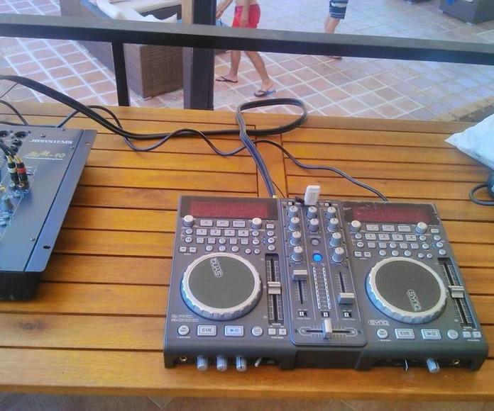 Equipos de sonido: Servicios de JCL Alquiler de sonido