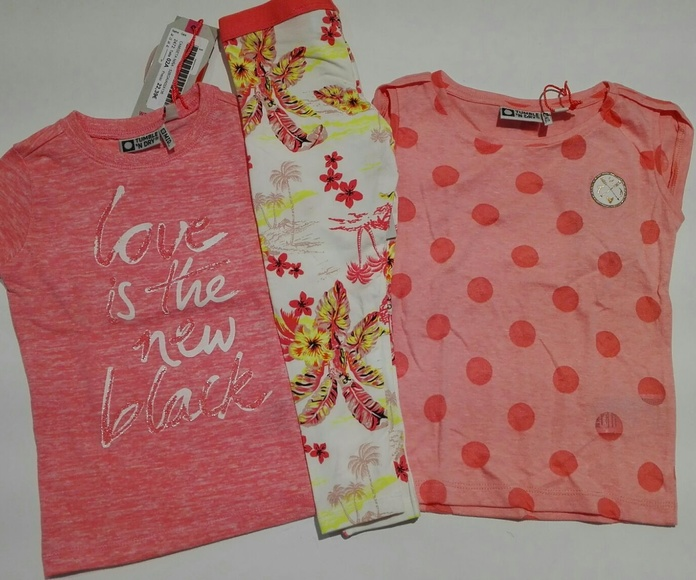Pantalones y camisetas
